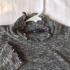 Abercrombie Gray turtle neck